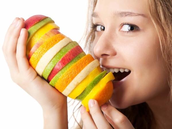 Недостаток витаминов вызывает ряд проблем со здоровьем, в том числе с волосами и эпидермисом