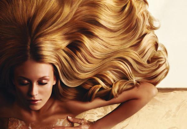 Ночь – идеальное время для восстановительной терапии волос