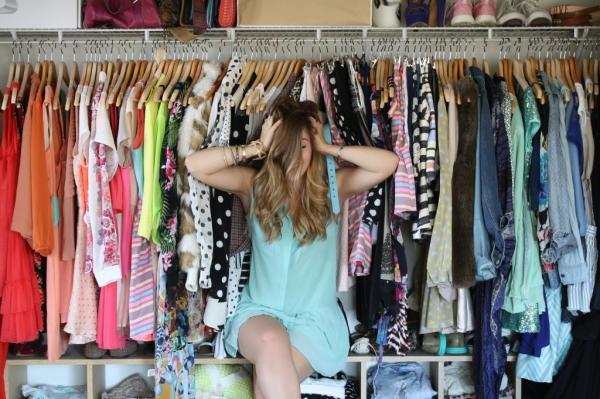 Новый цвет волос требует обновления гардероба, только так вы сможете создать поистине модный look своими руками