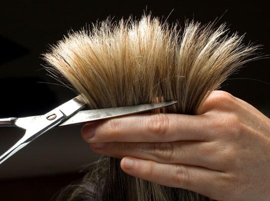 Ножницы дают возможность быстро нормализовать состояние прядей