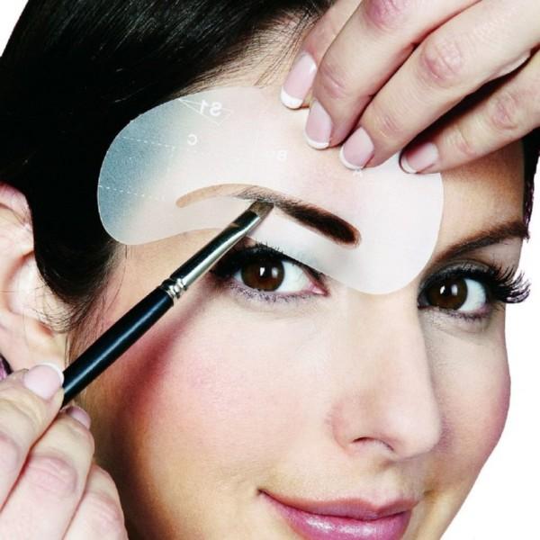 Окрашивание бровей краской или хной избавит вас от ежедневной процедуры по коррекции их цвета