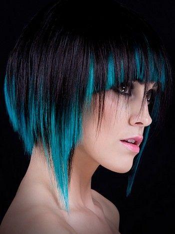 Оригинальное мелирование на черные крашеные волосы
