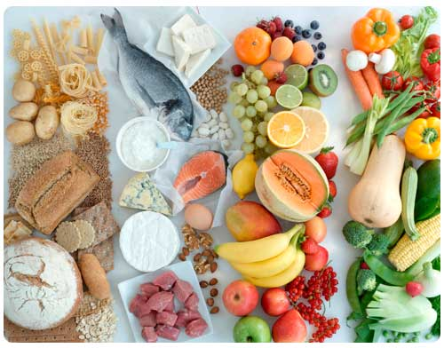 Правильное и витаминизированное питание – залог здоровых локонов.