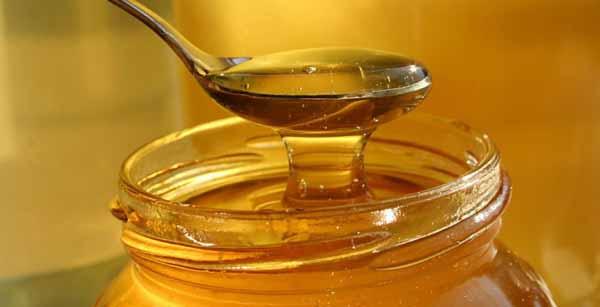 При покупке меда обращайте особое внимание на его консистенцию.