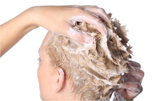 Простой способ красивой прически – обогатить шампунь витаминами