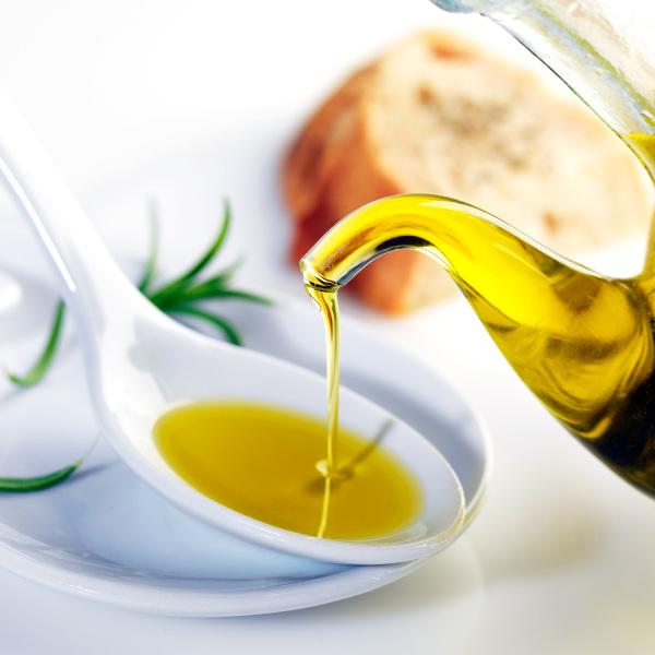 Растительные масла помогут создать маску для быстрого роста