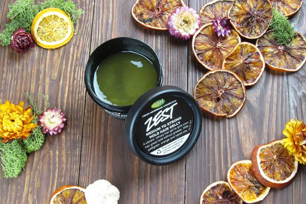Рекомендуем Zest hair gelly LUSH (цена – от 1200 руб.)