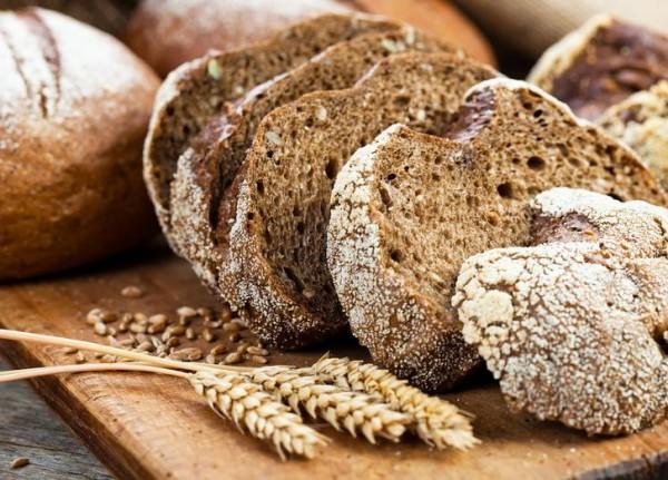 Ржаной хлеб насытит шевелюру уникальными аминокислотами