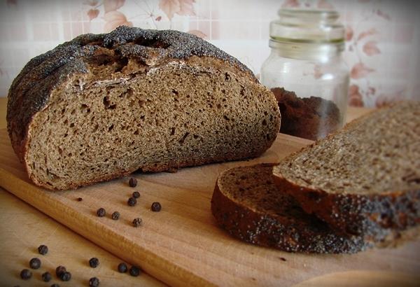 Ржаной хлеб обладает абсорбирующими и питательными свойствами