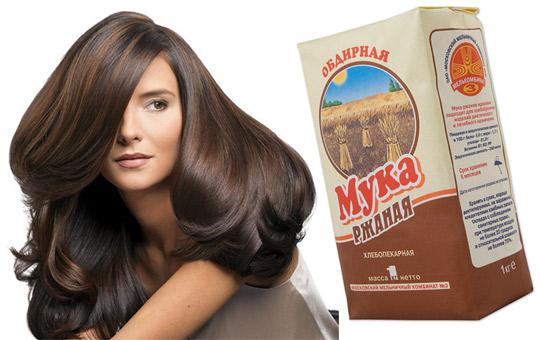 Ржаную муку можно использовать как самостоятельное средство для очищения волос.