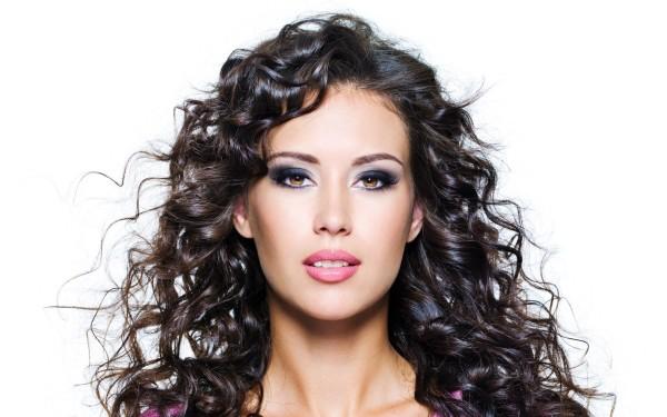 Самодельные бигуди просты в применении и полностью безопасны для здоровья волос