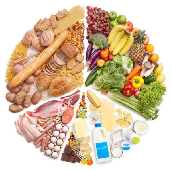 Сбалансированное питание поможет избежать всяческих проблем с локонами!