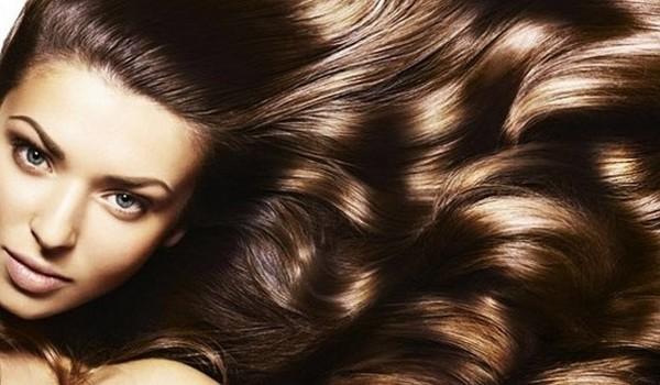 Сделать волосы сильными и блестящими может каждая из нас.