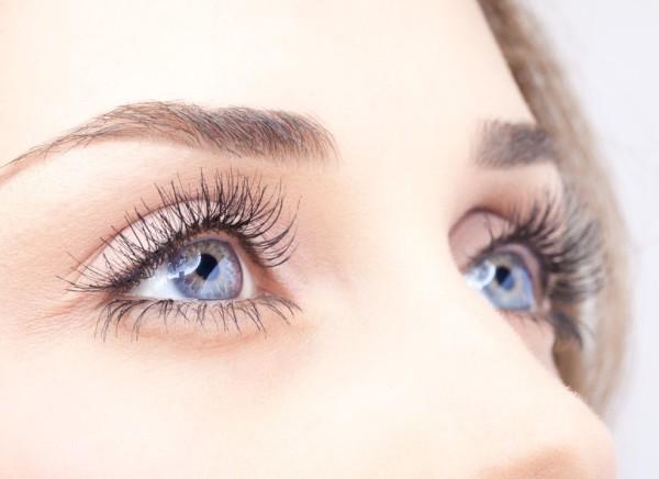 Шикарное обрамление глаз с помощью простых манипуляций