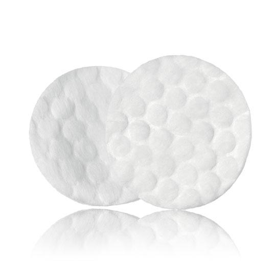 Смоченный в разогретом масле ватный диск сможет удалить остатки воска
