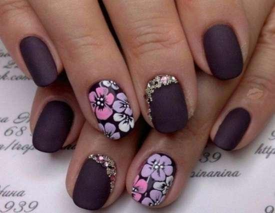 Средняя длина ногтевой пластины — это удобство и красота