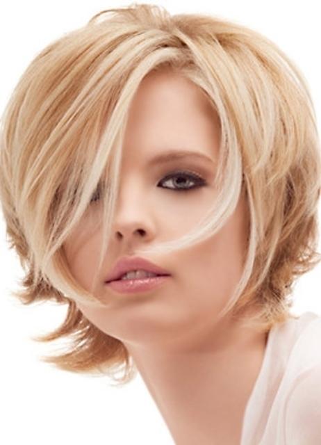 Прическа тонкие волосы круглое полное лицо фото