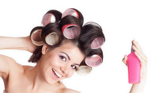 Сушите волосы естественным путем, тогда кудри будут аккуратные, блестящие.