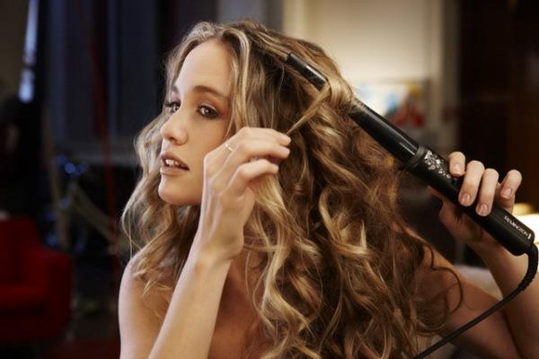 Так как красиво завить волосы плойкой под силу не каждому, раскрываем принципы процесса