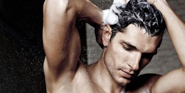 Такие шампуни могут использовать как женщины, так и мужчины