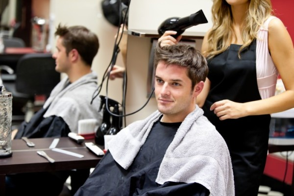 Теперь не обязательно бежать в парикмахерскую за идеальной причёской, ведь всё можно сделать собственноручно!