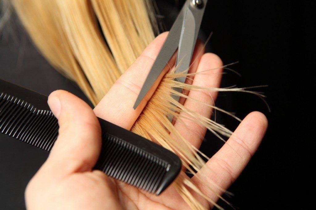 trim-your-hair-1024x682-1024x682.jpg