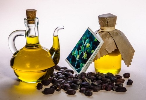 Ученые в пирамидах Древнего Египта находили сосуды с маслом, которое практически не утратило своих качеств.