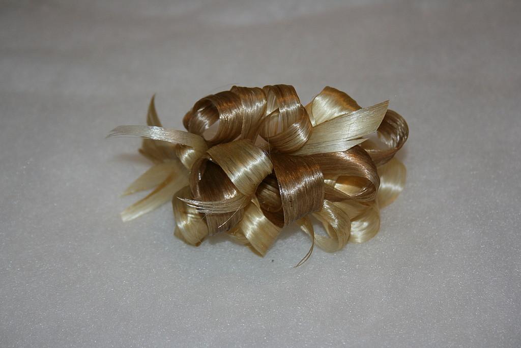 Украшение заколка из натуральных волос