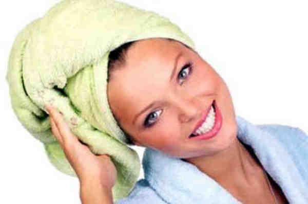 Усилить действие масок поможет полотенце.
