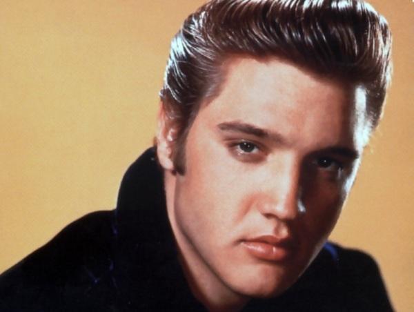 В 60-х годах мужчины часто создавали причёски как у Элвиса Пресли с помощью помадки