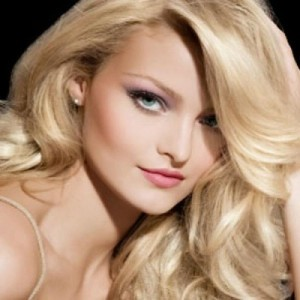 В борьбе за красивый цвет волос всегда помните об их здоровье