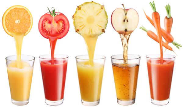 Возьмите за правило выпивать в день стакан свежевыжатого сока.