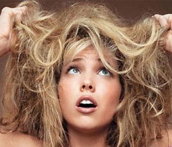 Жесткие, торчащие паклей волосы – кошмар для многих женщин